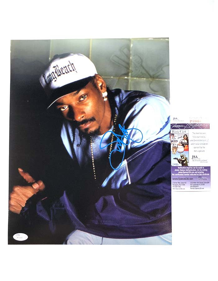 "Snoop Dogg signed 11""x14"" Photo"